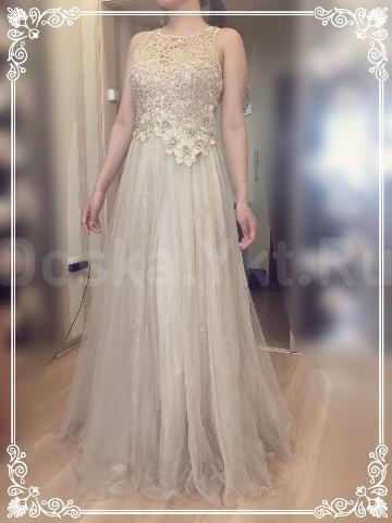 Продам выпускное платье в идеальном состоянии,смотрится очень изящно и эффектно! Цвет айвори, размер 42-44.Цена 8000  Продам выпускное платье. В идеальном состоянии, одевалось 1 раз. Платье смотрится очень изящно и эффектно! Цвет айвори, размер 42-44. Цена 8000. Ватсап 89142679552