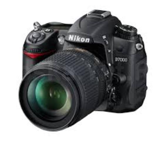 Продам зеркальный фотоаппарат nikon d7000 kit 18-105. Пробег 7500 фотографий. В комплекте пульт ду, сумка  Продам зеркальный фотоаппарат nikon d7000 kit 18-105. Пробег 7500 фотографий. В комплекте пульт ду, сумка
