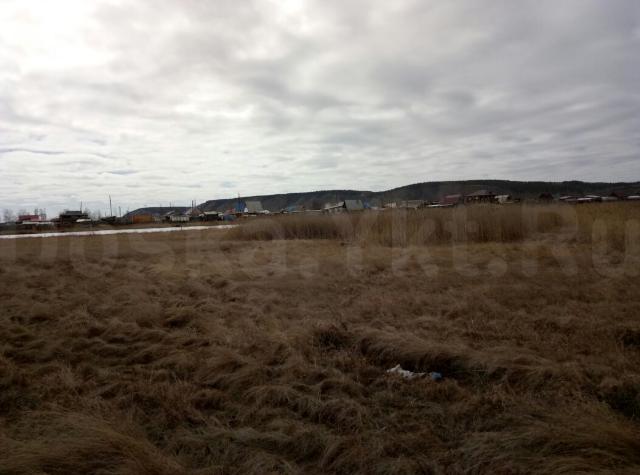 Продаю участок Сергеляхское шоссе 6 км. по ул.Тимофея Бутакова, 105/5. 13 соток. Электричество подведено, газ по заявлению.