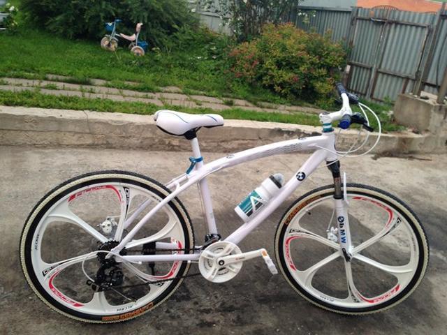 горные велосипеды на литых дисках  21 скорость дисковые тормоза