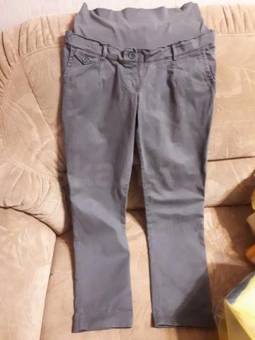Одежда для беременных 44-46 р. Вещи новые! Одевала только серые джинсы несколько раз и утепленные брюки 1 раз. Джинсы 800р. Кофта в полоску 44-48рр -600р. Футболка-600р. Синяя легкая рубашка -600 р. Кардиган- 1000 р. Утепленные брюки-1000р. Комбинезон 1500р. Сарафан-1200. Возможен торг