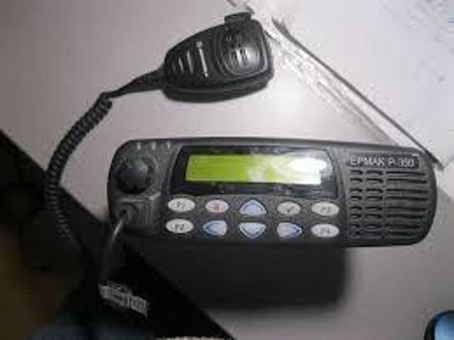 Продаю радиостанцию Ермак Р-350 Речного диапазона ( 300-350 МГц ) с антенной на магнитном основании. Соответствует требованиям Речного Регистра. В комплекте: рация, кабель питания, тангента, скоба крепления, антенна на магнитном основании. Запрограммирую необходимые частоты, настрою антенну