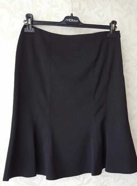 Продаю новую юбку фирмы Motivi (Италия), размер 42-44