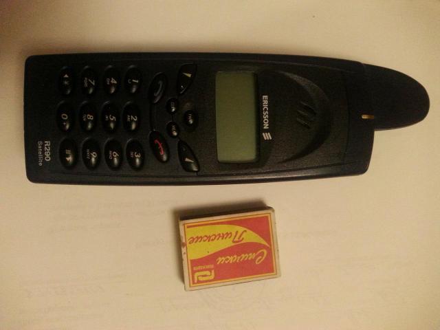 Спутниковый телефон Эриксон r290 системы глобалстар. Работает с любыми сим. картами. Цена без без сим.  25000р. С симкой глобалстар ( Переоформление ) 30000.