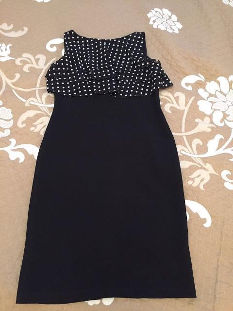 продаю платья, 6 штук, 44-46 размер, от 500 до 1500 рублей, отличное состояние, можно whatsapp
