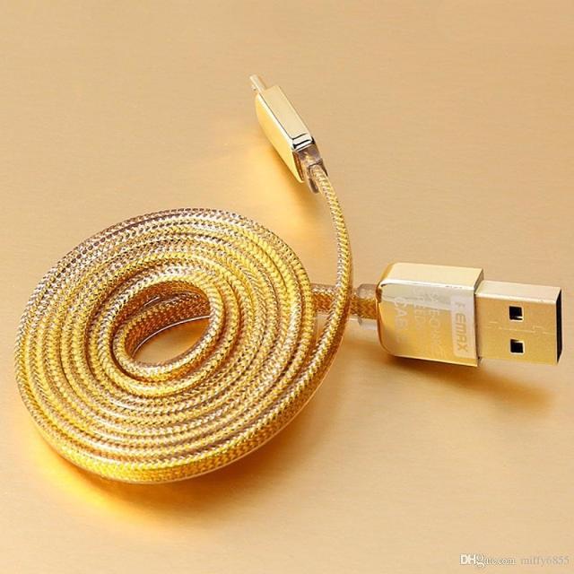 Лидер продаж! Кабель на iPhone X, 8, 7, 6, 5, iPad, iPod. REMAX GOLD. 100% оригинал от Remax! Быстрая зарядка/синхронизация. Двусторонний USB разъём. Двухслойная оплётка - не рвётся и не ломается! В фирменной упаковке с голографическим товарным знаком!  Оригинальный кабель специально для iPhone X, 8, 7, 6, 5, iPad, iPod изготовлен фирмой REMAX. Данный бренд выпускает свои кабели только в фирменной упаковке с голографическим товарным знаком. Кабель имеет высокую прочность. Моментально заряжает телефон. И с лёгкостью синхронизирует любые данные.  ►►► Фирменная упаковка с голографическим знаком! ◄◄◄  СОВМЕСТИМОСТЬ: Модели iPhone iPhone X iPhone 8 iPhone 8 Plus iPhone 7 iPhone 7 Plus iPhone 6s iPhone 6s Plus iPhone 6 iPhone 6 Plus iPhone SE iPhone 5s iPhone 5c iPhone 5 . Модели iPad iPad Pro 10,5 дюйма iPad Pro 12,9 дюйма (2‑го поколения) iPad Pro 12,9 дюйма (1‑го поколения) iPad Pro 9,7 дюйма iPad iPad mini 4 iPad mini 3 iPad mini 2 iPad mini iPad Air 2 iPad Air . Модели iPod iPod touch 6-го поколения iPod touch 5-го поколения iPod nano 7-го поколения  ТОЧКИ САМОВЫВОЗА В ЯКУТСКЕ: Пн-Вс: 11:00-18:00 (без перерыва и выходных)  ● Петра Алексеева, 6 ТЦ Олонхо, 2 этаж, магазин Полочка  ● Пояркова, 20 ТЦ Мясной двор, 2 этаж, магазин Полка сокровищ  ● Октябрьская, 23 ТЦ Октябрьский, 3 этаж, магазин Своя полка  __________________________________  Наш Инстаграм: instagram.com/ykt_tovar Наш Вконтакте: vk.com/ykt_tovar