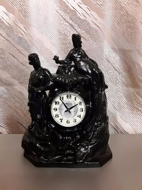 """Механические каминные часы""""молния"""" Данила мастер и хозяка медной горы, 1975год.(полный завод пружины 14 суток). В отличном косметическом и рабочем состоянии. Полная ревизия центральной часовой мастерской."""