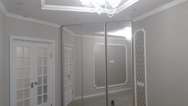 Бригада опытные мастера  выполняют ремонт квартир, офисов, под ключ, сантехника электрика  шпаклевка выравнивание стен и потолков побелка покраска , фигуры из гипсокартона укладка кафеля ванна.и туалет под ключ. ламинат  установка межкомнатные и входной  дверей  быстро качественно и недорого 89243671020