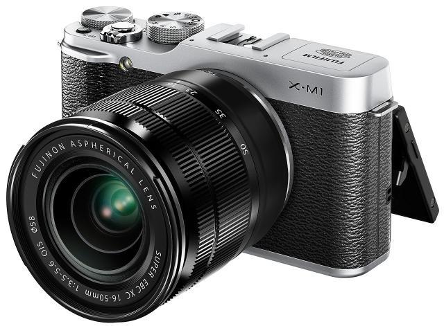 СРОЧНО продаю Fujifilm XM-1 в хорошем состоянии. Фотоаппарат фотает огонь! Куча настроек, для профи будет самое то. Очень хороший торг!
