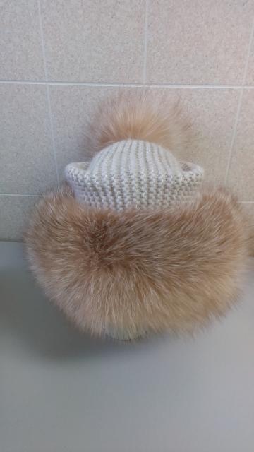 Продаю новую шапку из меха лисы