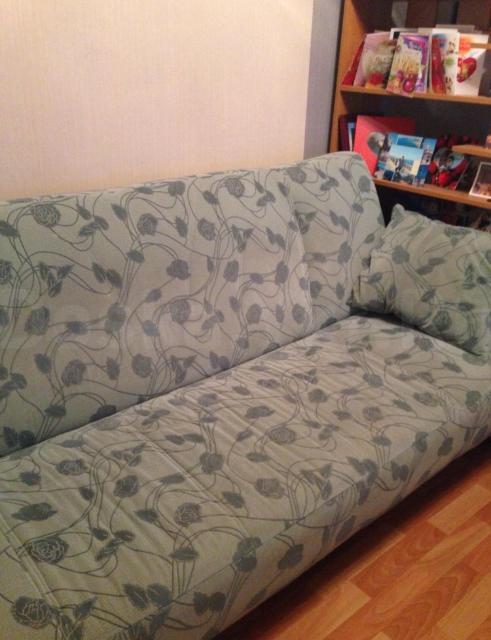 продаю раскладной диван длина 2метра, в хорошем состоянии