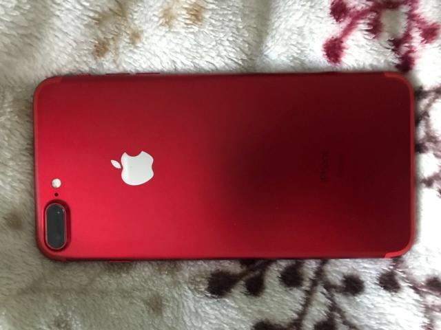 iPhone 7 plus 128гб красный, состояние идеал, полный комплект (наушники, зарядка, доки) СРОЧНО  Реальному покупателю ТОРГ