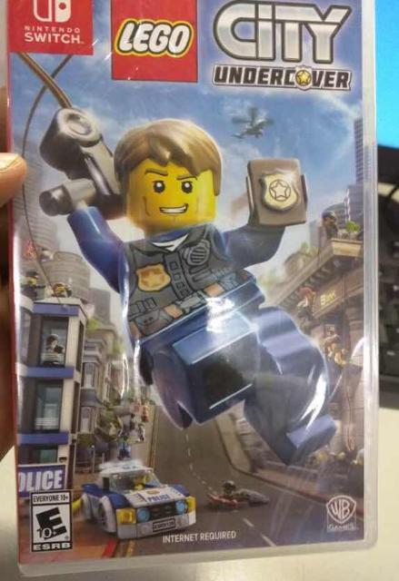 Продам 2 Игры на Nintendo Switch - LEGO city undercover и 1-2 switch каждую по 1200 рублей (можно по отдельности)