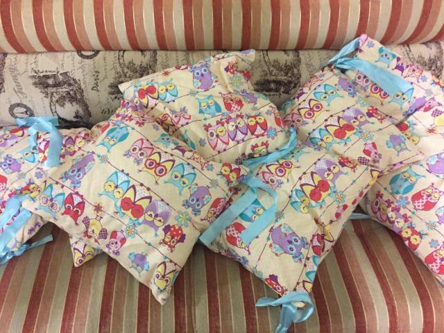 Абсолютно новые , комплект 8шт ❣️ мы их только примерили в кроватку , нам подарили другой комплект . Поэтому продаём