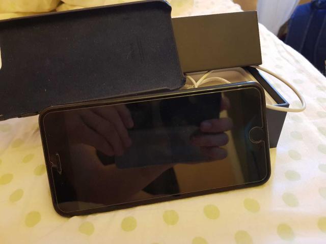 Продаю iphone 7+ 128гб📱цвет black состояние отличное, полный комплект наушник, зарядник доки коробка 👌цена 40т реальному покупателю хороший торг🤗  к.т  +7 (968) 155-77-64 только ватсапп📩