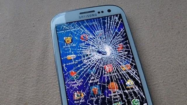 Приму в дар или очень недорого куплю разбитый Samsung S3 и S4 на запчасти. Если трудности со связью, пишите на Ватсап.