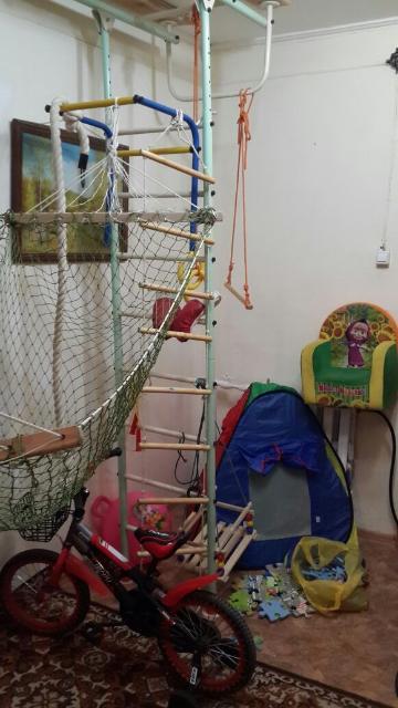 Детская спортивная стенка 9 000, 00 торг уместен