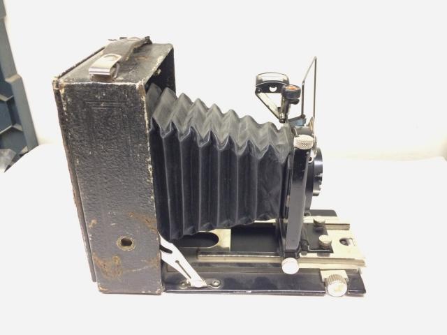 """Продаю фотоаппарат """"Фотокорр-1"""" 1930х годов. Средний формат. В рабочем состоянии. Шахта, рамка, визор-уровень, Пластины, тросик, сумка в наличии. Для эстетов ретро или интерьера коллекции."""