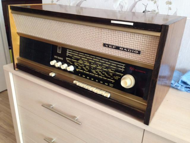 Радиола ВЭФ РАДИО. Юбилейная, 1967 года рождения. После ремонта, полностью исправна. Количество ограничено. Варианты обмена на старую радиотехнику.