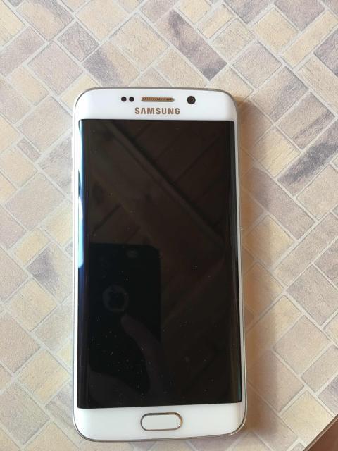 Samsung s6 эйдж 32гб состояние хорошее разбит только задний корпус стекло на работу ни как не влияет замена стоит всего 1500р продаю срочно за 12000тыс ват сап 89142702569