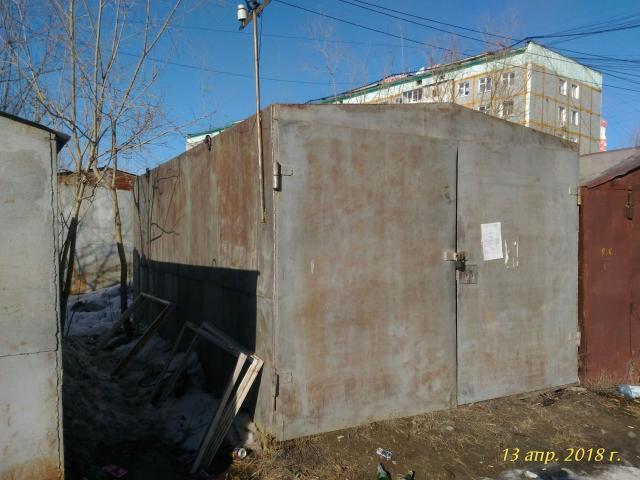 Продаю холодный гараж. 3*5,5, высота ворот 2,15.  Полность металлический -3 мм., в том числе полы. Самовывоз. Торг.