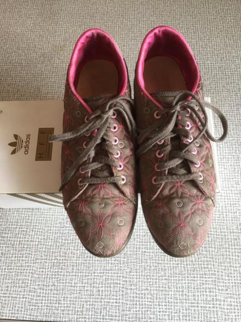 Продаю городские туфли ADIDAS р.36 в хорошем состоянии