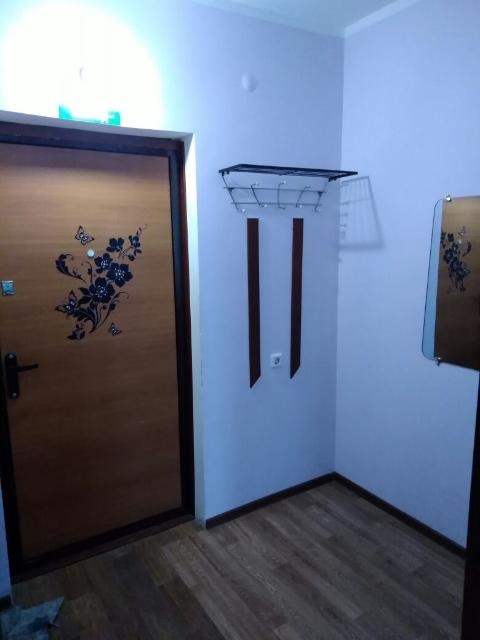 сдаю семейным 1-комнатную квартиру.