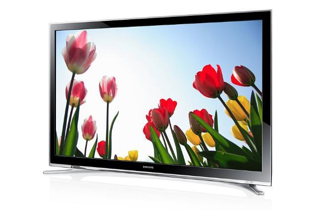 Samsung smart tv full hd, диагональ 22 отлично подойдет для кухни. интернет wifi, новый на гарантии еще. Коробки доки все есть, вплоть до чека. Купил в этом году за 15490р. Плюс дам в подарок клавиатуру для него) писать в Whatsapp!
