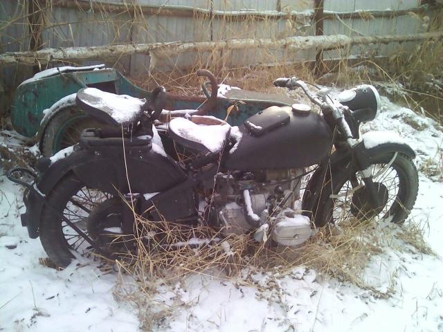 Урал1955 года 6-ти вольтовый не находу ремонт по мелочам... много ремонта реальному покупателю в подарок куча оригинальных запчастей