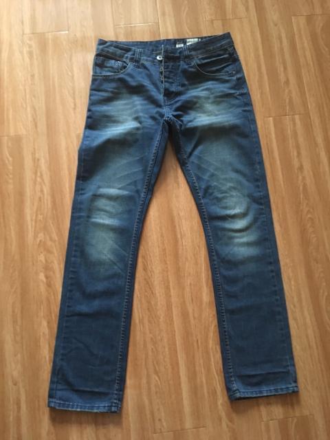Продаю джинсы в отличном состоянии, р. 31/34, 32/34 по 500руб/шт