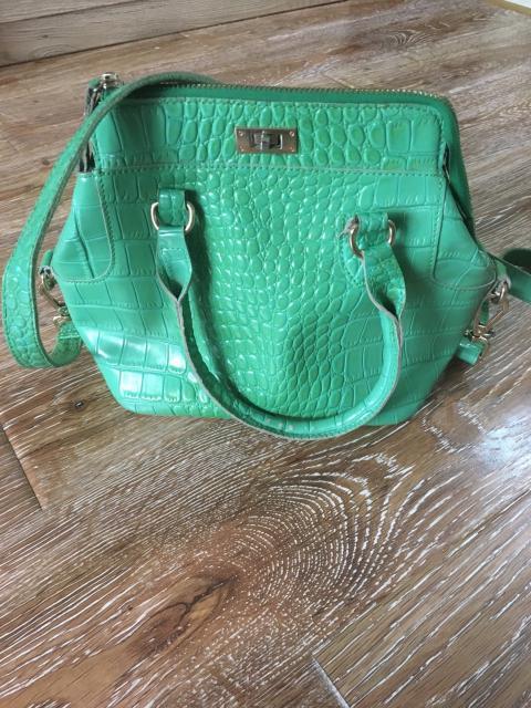 Продаю кожаную сумку за 800 р, к.т. 89644183283, ватсап