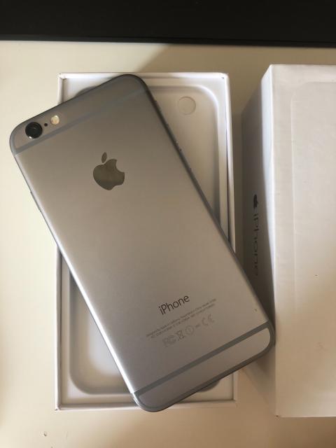 Продам iPhone 6 64Gb Space Grey состояние ИДЕАЛЬНОЕ без царапин и сколов. Всегда находился в чехле и с защитным стеклом. Полный комплект, все комплектующие оригинальные.  Документы, коробка, скрепка - есть все! Возможна доставка. Без обмена и торга!