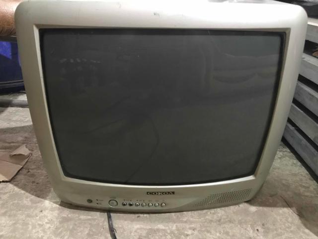 Продаю рабочий телевизор. Самовывоз