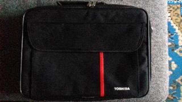 Продам сумку для ноутбука.