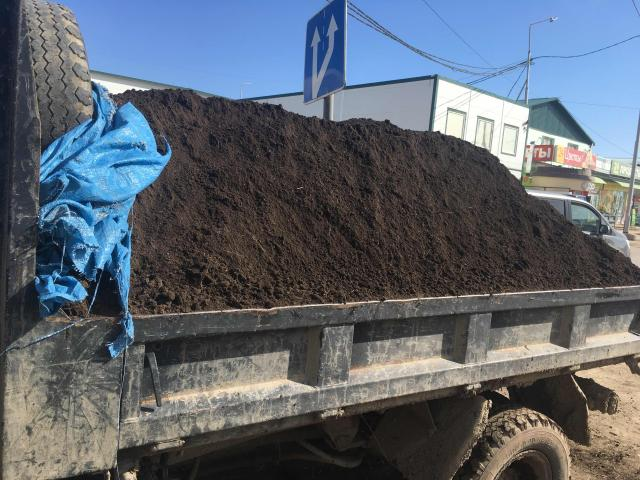 Перегной чернозём готовая земля микрогрузовик 3 тонны можно мешками доставка от 5 мешков
