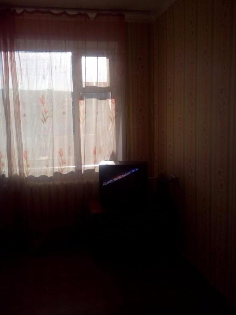 Продаю 2-комнатную квартиру, площадью 47 кв.м. Район рабочего городка, водоканала. Этаж: 5/5, КПД, 1987 г.п. Косметический ремонт.