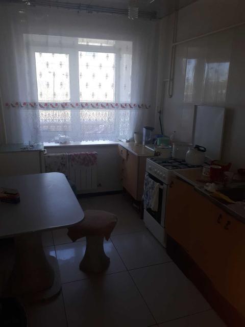 С 21 июня здаю уютную  2х комнатную квартиру в тихом районе, на длительный срок с теплым коперативным гаражом  вот сап 89186989899 89143070707