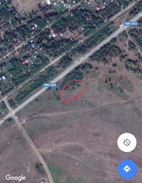 Продаётся земельный участок по Покровскому тракту 17 км, левая сторона, рядом с дорогой. Статус земли - сельхозугодье