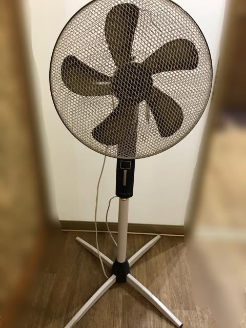 Продам вентилятор напольный POLARIS