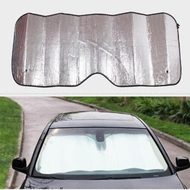 Защитный экран от солнца на лобовое стекло автомобиля. Жесткий на присосках