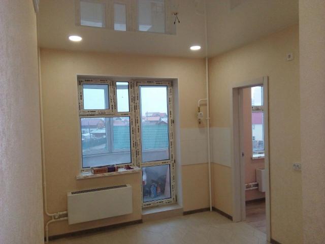 Продается 2 комнатная квартира в новом доме с хорошим ремонтом, без мебели, S=60м2, этаж 2/9, квартира без долгов и обременений, реальному покупателю возможен торг.