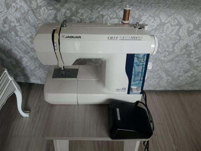 Продаю швейную машину Jaguar производство Япония в хорошем рабочем состоянии. Центр
