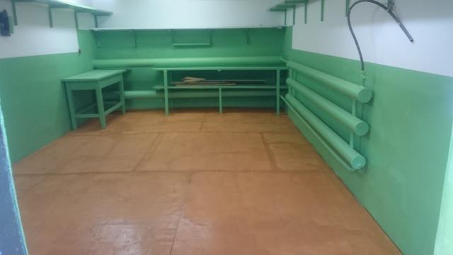 Продаю тёплый гараж в 202-м мкр., S - 22,1 кв.м., земля и строение в собственности.