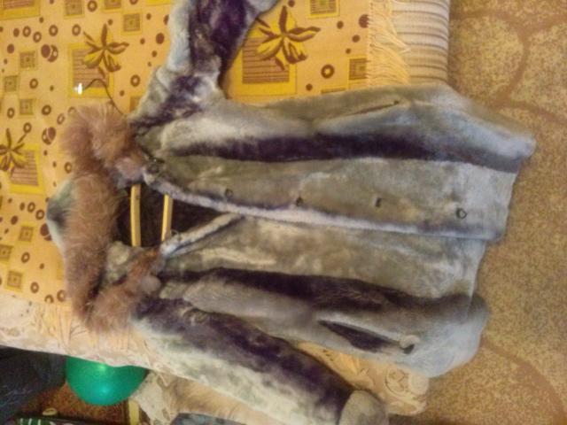 продам шубы на девочку на 7-9 лет и на 10-12 лет, куртка кожаная на 8-10 лет