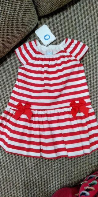 Новое платье с этикеткой,размер 92