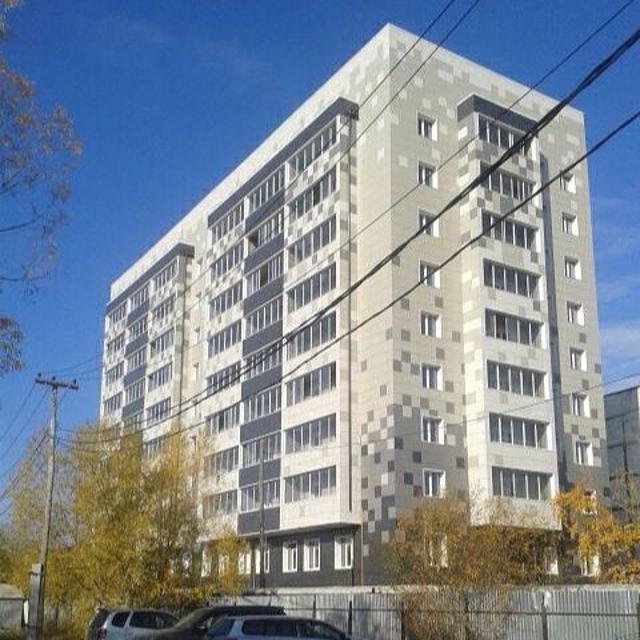 Продаю 1 комнатную квартиру 40,7 кв.м. (с учетом лоджии 44,3 кв.м.), на 2 этаже многоквартирного 9 этажного дома 2015 года постройки. Реальным покупателям торг.