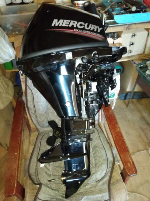 Продаю новый лодочный мотор меркури,покупали за 135.т.р продаю в связи с необходимостью.торг.обмен.