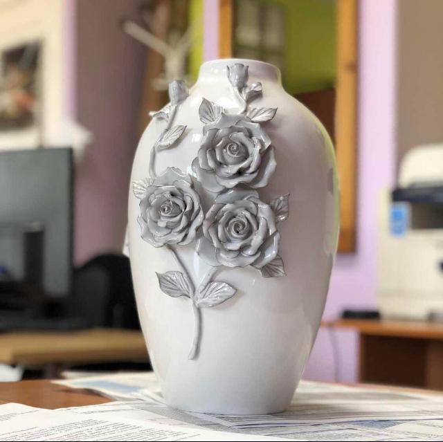 Продаю новую вазу