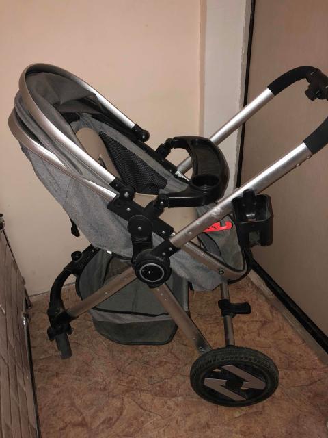 Срочно!Продаю коляску 2/1 с рождения до 3х лет. Очень удобная пользовались с радостью в подарок отдадим тёплый бамбуковый матрас(брали отдельно)