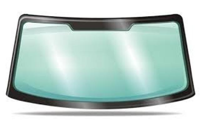 Покупаю лобовое стекло целое от иномарки до 1000руб. 89142235881 ватс